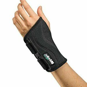 Mueller Green Fitted Wrist Brace, Black, Left Hand